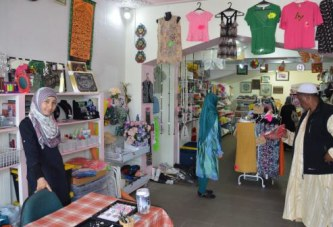 Special store for Muslims attracts shoppers