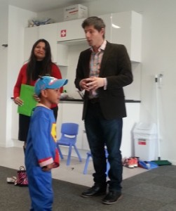 Green MP interacts- Gareth Huges at Rainbow Corner Mangere East Web