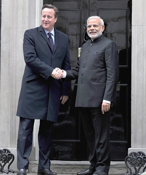 The Prime Minister, Shri Narendra Modi and the Prime Minister of United Kingdom (UK), Mr. David Cameroon, at the Drum (Treasury Quadrangle), in London on November 12, 2015.
