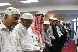 Ramadan strengthens-Muslims praying at SAMA