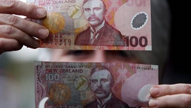 Counterfeit $100 notes found in West Auckland