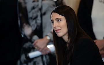 Ardern has no confidence in residency decision