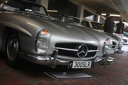 Rare Mercedes Benz beauties at Classic Car Show