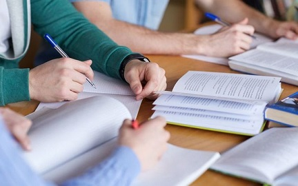 Staff shortage hits New Zealand schools