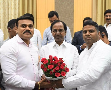 Telanganites celebrate birthday of Chief Minister KC Rao