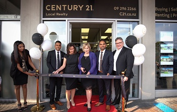 Century 21 opens new Papakura franchise