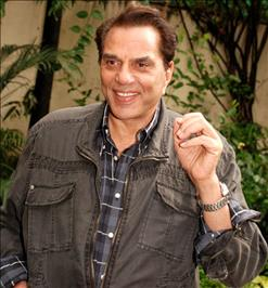 Dharmendra due for Diwali show